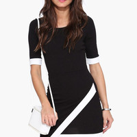 Black Short Sleeve Round Neck Bodycon Dress with Asymmetric Hemline