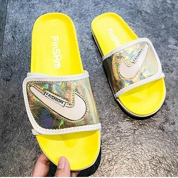 Nike Non-slip wear-resistant slippers 2020 new fashion sports wind flat shoes
