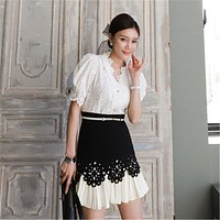 2020 New Fashion Elegant V-neck Puff Sleeve Hook Flower Lace Blouse&Pleated Short Skirt Two-piece Set Summer Female Office Suits