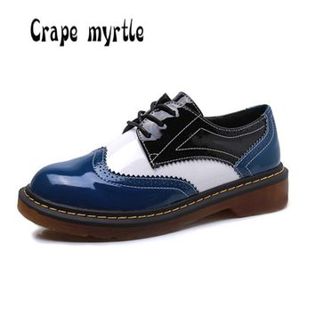 2017 Women Shoes Plus size 34-43 Fashion Mixed color Bullock Oxford shoes Spring Autumn Lace up Creepers Students shoes women