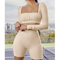 Solid color square collar pleated long sleeve shorts sports set