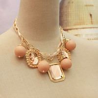Statement Necklace of Pearls