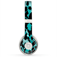The Vector Hot Turquoise Cheetah Print Skin for the Beats by Dre Solo 2 Headphones