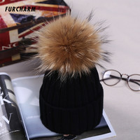 Women Men's Winter Hats Acrylic Yarn Knitted Hat with 13cm Raccoon Fur Pompons Headgear for Women Autumn Men's Winter Knit Cap