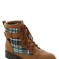 ModCloth Rustic Spacious Skies Boot in Plaid