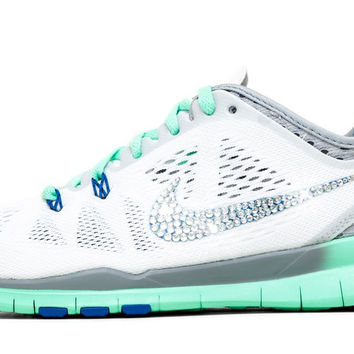 Nike Free Run TR Fit 5- Crystallized Swarovski Swoosh