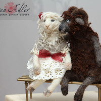 Sheeps in love sitting on the bench, felt sheeps in love, Valentine's day gift, OOAK felt sculpture, couple in love