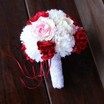 Ivory, Red, Pink Roses Bouquet, Wedding Bouquet, Dianthus, Bridal Bouquet, Brides Roses Bouquet, Lace and Jute Rope Wrap, Romantic Flowers