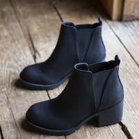 Lisbon Sedona Boot, Black | Dirty Laundry