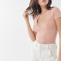 UO Girlfriend V-Neck Tee   Urban Outfitters