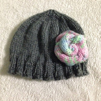 Grey knit baby hat with pink rose, newborn knit hat, knitted beanie, baby beanie, knit hat
