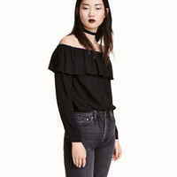 H&M Short Off-the-shoulder Blouse $24.99