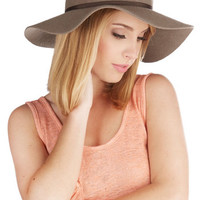 ModCloth Boho Rocky Beaches Hat
