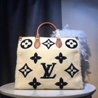 DCCK Gb591025 Lv Louis Vuitton M44571 Onthego Book Tote Bag In Monogram Cotton  41*34*19cm