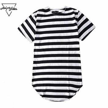 Men Striped T-shirt  Streetwear Men Skate T Shirts Swag Clothes