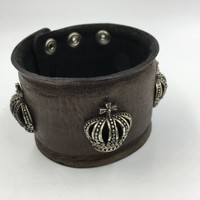 Royalty Collection Sterling Silver Crown Brown Leather Bracelet Strap