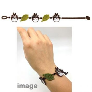 Strapya World : Studio Ghibli My Neighbor Totoro Elegant Lace Type Bracelet (Big Totoro and Leaves)