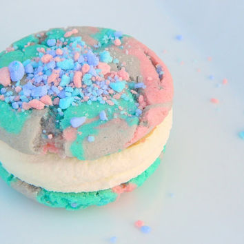 Cutest Cotton Candy EVER CookieWiches 1/2 Dozen by tookies on Etsy