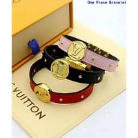 LV Louis Vuitton Popular Women Men Leather Bracelet Hand Catenary Jewelry Accessories