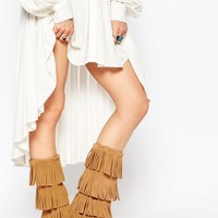 Minnetonka Taupe Suede 3 Layer Fringe Boots