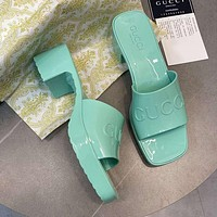GG Women's slide sandal with Gucci logo shoes