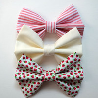 NEW. Strawberry Cake Hair Bow Trio. Red, White, Ivory.