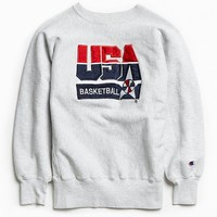 Vintage Champion USA Basketball Embroidered Crew Neck Sweatshirt - Urban Outfitters
