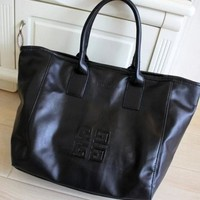 GIVENCHY trend is buying big logos and bulky one-shoulder bags