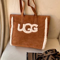 UGG large capacity stylish and beautiful shoulder bag