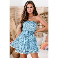 Clear Connection Strapless Smocked Floral Print Romper (Blue/White)