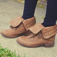 Bootie-Licious Boots: Light Brown