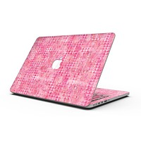Pink Textured Triangle Pattern - MacBook Pro with Retina Display Full-Coverage Skin Kit