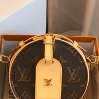 LV 2020 new Monogram canvas round cake bag shoulder bag crossbody bag
