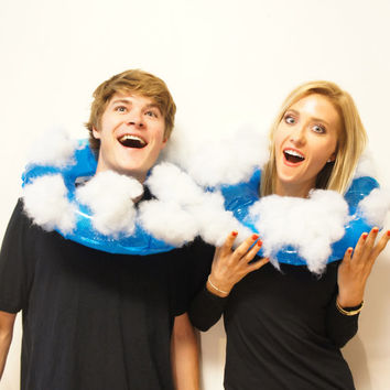 Head in the Clouds - Unique Creative Funny Halloween Costume - Men Women Adult or kids -  Huge realistic Cloud sky scene around your head!