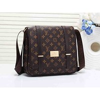 LV fashionable men's and women's casual cross-shoulder bag printed shopping bag hot seller #3