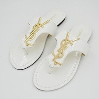 Wearwinds YSL Popular Ladies Slippers Casual Flat Sandal Slipper Shoes White