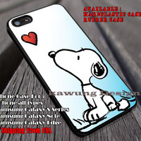 Starring at The Heart II Snoopy and Heart II Charlie Brown II Cartoon II case/cover for iPhone 4/4s/5/5c/6/6+/6s/6s+ Samsung Galaxy S4/S5/S6/Edge/Edge+ NOTE 3/4/5 #cartoon #animated #TheCharlieBrown ii