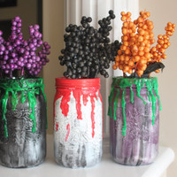 Halloween Mason Jars, Halloween Decorations, Halloween Party, Halloween Centerpiece, Halloween Decor, Painted Mason Jars, Creepy Mason Jars