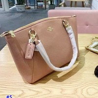 Coach's fashionable new single-shoulder bag in pure color is a hot seller of casual ladies' shopping bag #5