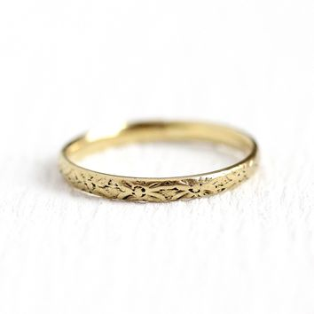 Vintage Baby Band - 10k Yellow Gold Flower & Leaf Eternity Ring -  Size 3/4 1920s Art Deco Vintage Midi Knuckle Fine Children's Jewelry