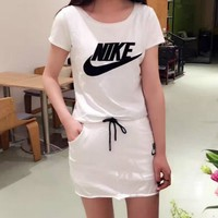 NIKE Fashion two piece short sleeve suit set white