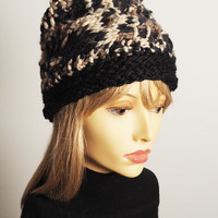 Hand knit hat - Knit cloche - Chunky knit hat - Black & white hat - OOAK hat - Warm hat - Fall accessories - Fall fashion - Fall gift