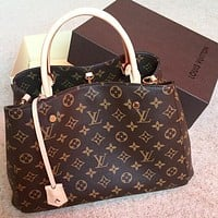 Louis Vuitton LV Tote Bag Fashion Ladies Handbag Shopping Bag Shoulder Messenger Bag