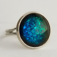 Blue & Green Mirage Holographic Ring in Silver - Color Shifting Holographic Green and Blue Cocktail Ring