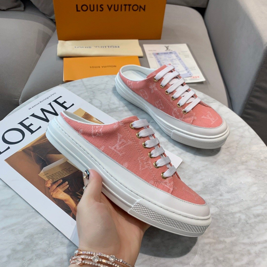 Image of Louis Vuitton LV The latest casual sports shoes