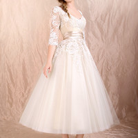 Retro 50s 60s Tea Length Long Sleeves Lace Tulle Formal Wedding Dress