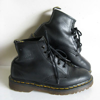 Vintage Black Leather 80s Boots Dr. Martens Grunge Air Wair Womens Boots 5UK 8-5US