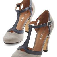 Chelsea Crew Vintage Inspired No Limit on Lovely Heel in Grey