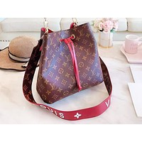 LV hot leisure lady full printed color matching single-shoulder bucket bag