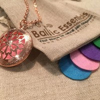"""Pink Copper Essential Oil Diffuser Aromatherapy Pendant, necklace jewlery locket antique 24"""" Chain and 5 aroma pads"""
